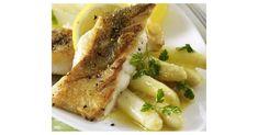 Zanderfilet mit Spargel, ein Rezept der Kategorie Hauptgerichte mit Gemüse. Mehr Thermomix ® Rezepte auf www.rezeptwelt.de