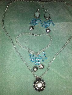 Necklace, earrings, bracelet set beautiful.