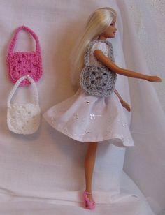 Vierkant tasje voor barbie, diverse kleuren.