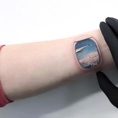 "Polubienia: 2,069, komentarze: 19 – Tattoo Armada (@tattooarmada) na Instagramie: ""Artist: @evakrbdk Collection of best tattoo artists manually-picked, daily."""