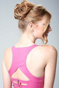Easy prom updo.  Just use the updo secret hair frame and just curl, twist and pin.  www.updosecret.com