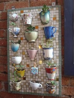 mosaic board with half-teacups/coffee mugs - to plant succulents and/or herbs - unique garden decor! Teacup Mosaic, Teacups, Coffee Mugs, Coffee Shop, Coffee Garden Crafts, Garden Projects, Home Crafts, Diy Projects, Diy Crafts, Garden Ideas, Recycled Crafts, Recycled Garden, Recycled Planters