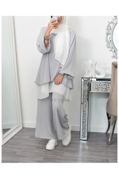 Modest Fashion Hijab, Hijab Casual, Modesty Fashion, Muslim Women Fashion, Islamic Fashion, Hijab Mode Inspiration, Mode Outfits, Fashion Outfits, Big Size Fashion