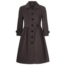 Orla Kiely: Cotton ottoman fabric coat with button through at front and black dome buttons. Gentle gathers to skirt and tab detail and front waist. Patch pockets to front and hidden pockets in side seams. Fully lined. Hijab Fashion, Fashion Outfits, Womens Fashion, Rory Gilmore Style, Pretty Outfits, Cool Outfits, Modele Hijab, Cute Coats, Vestidos Vintage