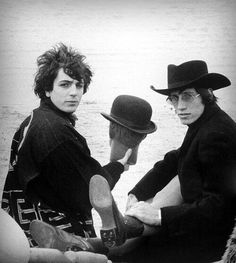 "50s60sgroovymusic:  "" Syd Barrett & Roger Waters  """