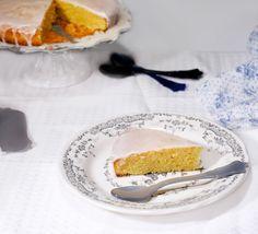 Il y a des gâteaux tout simples, tout bêtes. Ce sont les gâteaux régionaux et familiaux qu'on retrouve partout et qui utilisent les ingrédients que tout le monde avait à sa disposition. Dans le sud, c'est souvent l'huile d'olive qui remplace le beurre,...