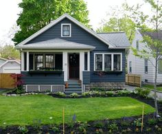 Bradley's Bungalow Character - 860 square feet of craftsman charm. Good use of space, to boot.