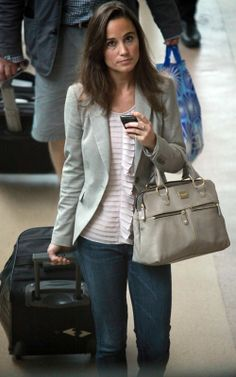 Pippa Middleton was spotted arriving at Gatwick Airport in London, England. - pippa-middleton Photo