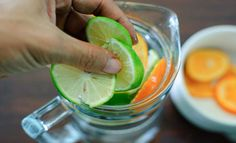 """How to Make Sassy Water. Sassy water is spruced up water named by Prevention magazine in honor of its inventor Cynthia Sass, who created it for the """"Flat Belly Diet"""". Sassy Water, Primal Recipes, Diet Recipes, Healthy Recipes, Juice Recipes, Health And Wellness, Health Tips, Health Fitness, News Health"""