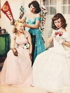 Elizabeth Taylor, Lois Butler and Ann Blyth get dressed for Elizabeth's first formal (1948)