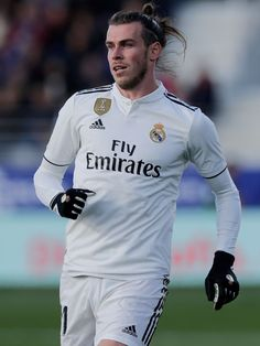 Real Mardrid, Varane Real Madrid, Tottenham Hotspur Wallpaper, Bale 11, Equipe Real Madrid, Gareth Bale, Champions League, Football Players, Chelsea
