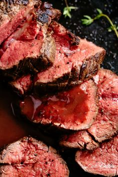 The best, juicy roast Beef Tenderloin slathered with a delicious garlic butter. Serve with an optional red wine sauce (jus)! It's so easy to roast a juicy beef tenderloin that melts in your mouth with Meat Recipes, Dinner Recipes, Cooking Recipes, Healthy Recipes, Best Beef Recipes, Grill Recipes, Healthy Drinks, Delicious Recipes, Roast Beef Receta