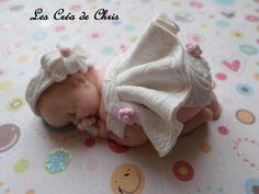 bébé fille thème Baptême en fimo.