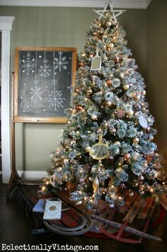 Glam Metallic Christmas Tree - love the unexpected vintage mirrors! eclecticallyvinta...