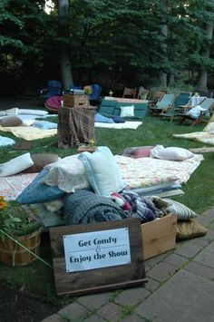 Having family and friends over?  Create your own backyard theater!   www.FunFlicks.com