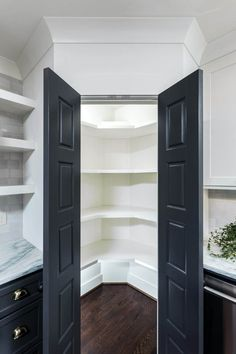 The Leading 16 Cooking Area Cupboard Ideas For 2019 Nice Gray Kitchen Pantry Cabinets Only In Homesable Design Corner Pantry Organization, Corner Kitchen Pantry, Kitchen Pantry Design, Kitchen Pantry Cabinets, Kitchen Shelves, New Kitchen, Book Shelves, Corner Pantry Cabinet, Awesome Kitchen