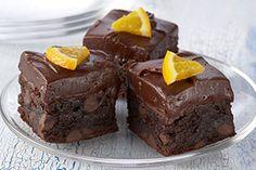 Le glaçage à saveur d'orange propulse ces brownies par delà les sommets.@CréezVotreFestin