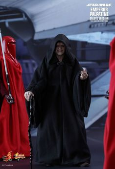 Star Wars: Episode VI Return of the Jedi - Emperor Palpatine (Deluxe Version) by Hot Toys - Geeks With Forks