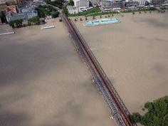 Pozrite si letecké zábery rozvodneného Dunaja v Bratislave (streda) - www.sme.sk Bratislava