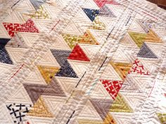 Jerisew(s) Sweetwater geometric triangle quilt