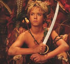 Ultimate childhood crush. <3 Jeremy Sumpter. <3 Peter Pan