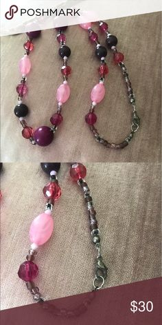👛just In Terrific Trendy Fashion necklace Love the color spectrum created by the necklace designer, it really shows attention to detail in workmanship , gives any outfit a touch of color pop , alligator safety clasp, longer length Goldfinch Boutique Goldfinch Boutique Jewelry Necklaces