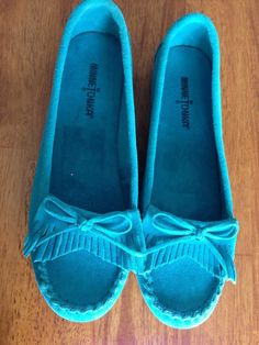 NEW MINNETONKA Women's Kelly Kilty Moccasins AQUA Size-8.5