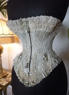 Prototype Corset, Paris International Exposition 1889 - www.antique-gown.com