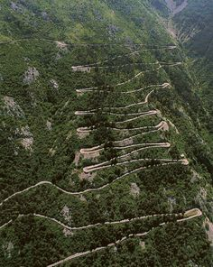 Dangerous curvy mountainous road which rarely permit speeds over located in Montenegro, with a total length of between the cities of Cetinje and Kotor. The most challenging part of the road is a short stretch with 16 hairpin turns called Kotor Serpentine. Montenegro Budva, Montenegro Travel, Dangerous Roads, Summer Story, City Photo, Beautiful Places, Around The Worlds, Austro Hungarian, Dalmatian