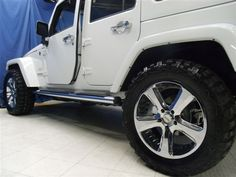 White Jeep Wrangler Unlimited Sahara Edition #jeep