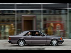 1986-1996 Mercedes-Benz C 124 Series - Side Speed 2 - 1280x960 - Wallpaper