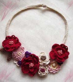 Floral crochet necklace Boho crochet choker by KSZCrochetTreasures Crochet Mask, Crochet Collar, Crochet Motif, Irish Crochet, Crochet Flowers, Bead Crochet, Knitted Necklace, Boho Necklace, Collar Necklace