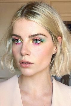 Summer Highlighter Makeup – – Sommer Textmarker Make-up – – – Makeup Eye Looks, Eyeshadow Looks, Neon Eyeshadow, Easy Eyeshadow, Eyeshadow Makeup, Colorful Eyeshadow, Eyeshadow Ideas, Glitter Makeup, Drugstore Makeup