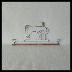 Decorative Wire Hangers | Drátování | Pinterest | Quilt hangers ... : mini quilt hangers - Adamdwight.com
