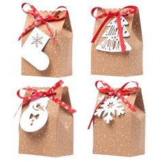 Christmas Snowflake Design Treat Bags (Pack of is part of Homemade christmas presents, Easy homemade christmas gifts, Christmas snowflakes design, Homemade christmas gifts, Christmas presents for f - Christmas Presents For Friends, Christmas Treat Bags, Christmas Party Favors, Christmas Gift Wrapping, Small Christmas Gifts, Xmas Party, Christmas Design, Simple Christmas, Handmade Christmas