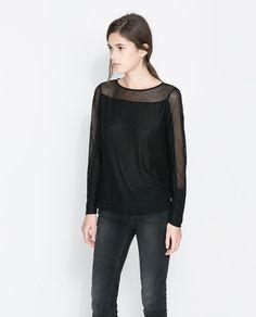 Image 1 de T-SHIRT À MANCHES LONGUES de Zara