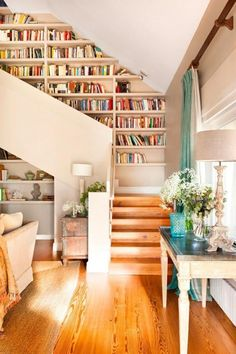 Interior stairs and creative ideas to integrate bookstores.- Innentreppen und kreative Ideen, um Buchhandlungen zu integrieren Interior stairs and creative ideas to integrate bookstores # - Home Library Design, Home Interior Design, Library In Home, Library Room, Library Ideas, Home Libraries, Interior Stairs, Cozy House, My Dream Home
