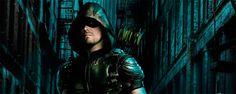 """Arrow: sinopsis oficial de la premiere de la quinta temporada  """"La nueva entrega de la serie protagonizada por Stephen Amell se estrena el 5 de octubre en CW."""" A dos semanas para estreno de la quin..."""