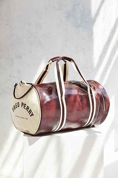 0598b19823281 This Fred Perry barrel bag would be a great gym bag!  workout Fred Perry