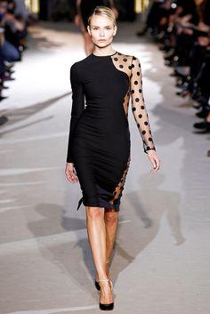 Stella McCartney Fall 2011 Ready-to-Wear Fashion Show - Natasha Poly (Women)