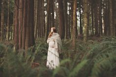 Forest Maternity Session | The Little Umbrella
