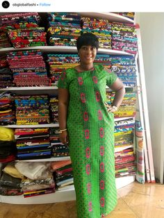 Lovely Ankara Styles for Chubby Ladies 2 African Maxi Dresses, Latest African Fashion Dresses, African Print Fashion, African Attire, African Wear, Ankara Fashion, Sexy Casual Outfits, Trendy Ankara Styles, Chubby Ladies