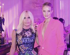 "Donatella Versace on Instagram: ""Rosie you're absolutely gorgeous.... ❤️ Thanks for coming!! @rosiehw #Versacess19 #mfw"" Thanks For Coming, Donatella Versace, Rosie Huntington Whiteley, Absolutely Gorgeous, Girl Crushes, My Girl, Thankful, Formal Dresses, Instagram"