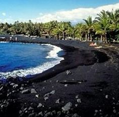 Kaui, Hawaii - Black Sand