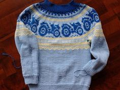 Marius med traktor Bindi, Christmas Sweaters, Knitting Patterns, Baby, Men Sweater, Chart, Fashion, Tricot, Moda