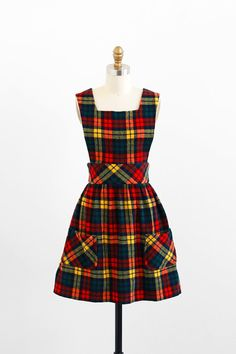 vintage 1960s dress / 60s dress / Plaid Schoolgirl Jumper with Pockets