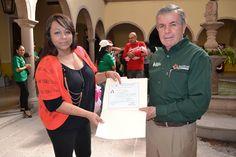 Entrega de Certificados en Villanueva Educación IZEA
