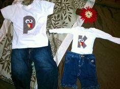 The kids matching thanksgiving shirts!