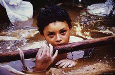 Historia de Colombia.- La tragedia de Armero fue un desastre natural producto de la erupción del volcán Nevado del Ruiz el miércoles 13 de noviembre de 1985 en el departamento de Tolima, Colombia.