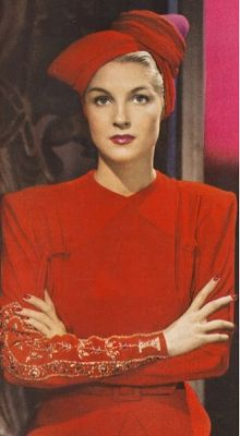 1940s Red Fashion #red #vintage #dress